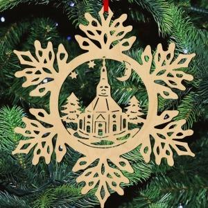 Fa karácsonyfadísz – Hópehely templommal